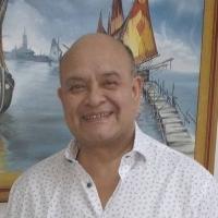 Dr. Javier Reartes
